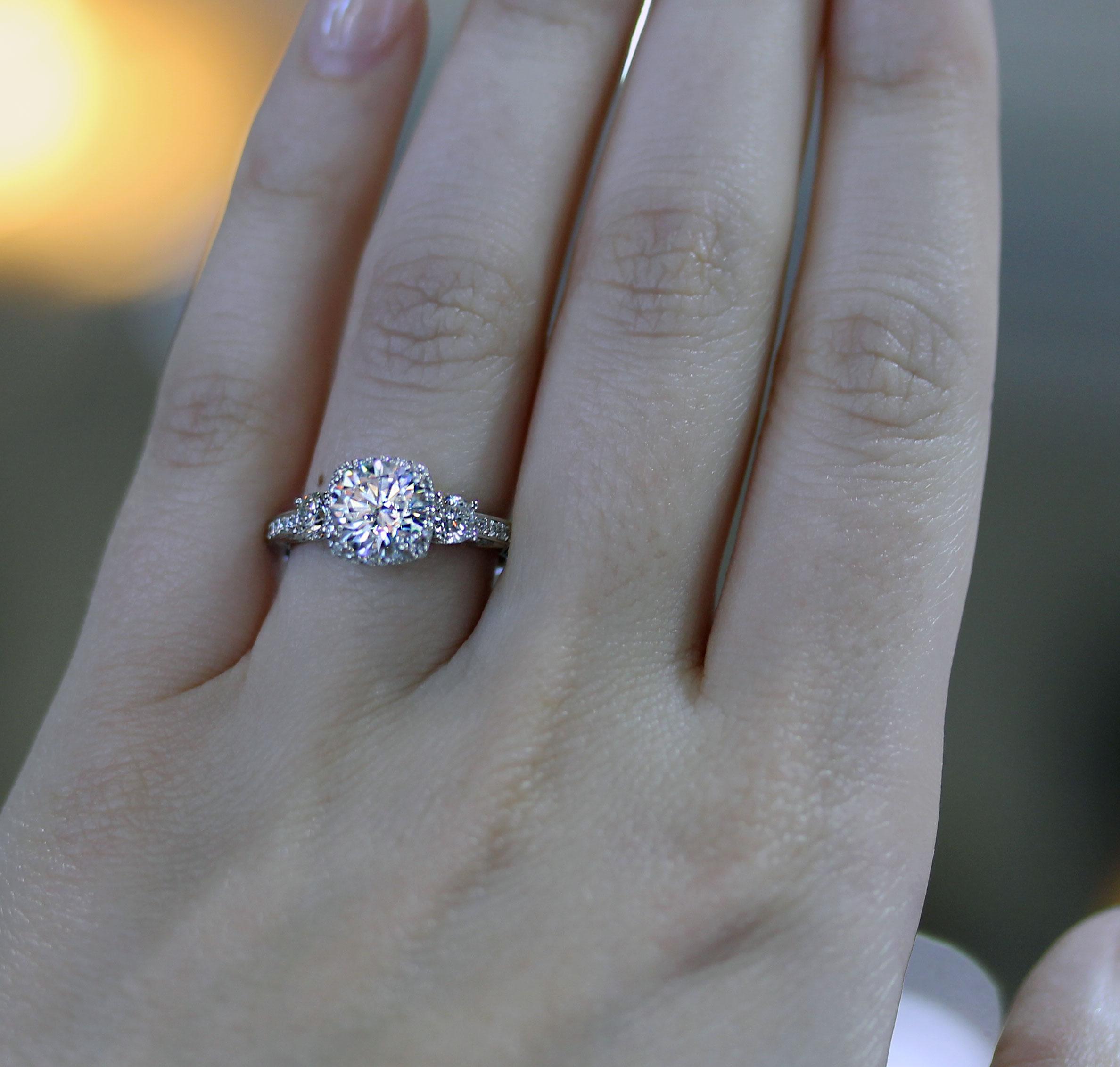 Tacori Dantela 2623RDSMP Three Stone Engagement Ring Setting