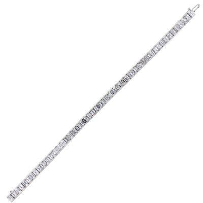 platinum tennis bracelet with emeral diamonds