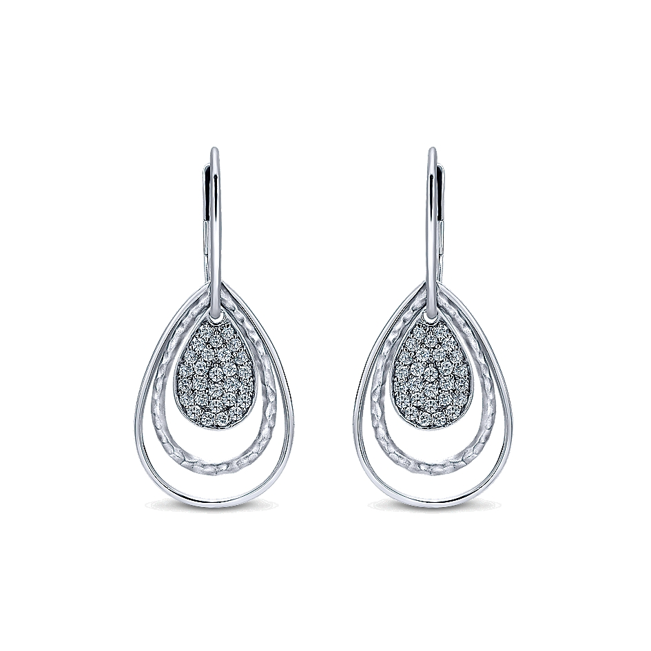 High-End Earrings Make Great Style Statements