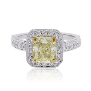 Platinum 2.74ctw Diamond Engagement ring