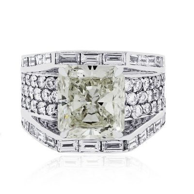 18k white gold radiant diamond ring