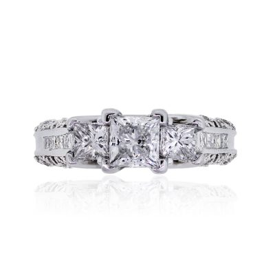 14k White Gold 1.55ctw Diamond Three Stone Ring