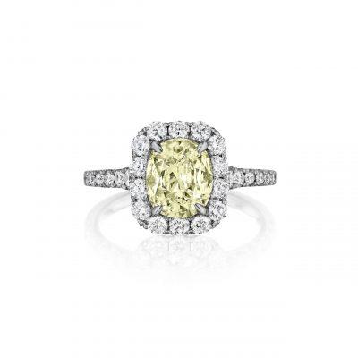 Henri Daussi fancy yellow diamond ring