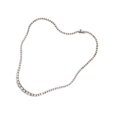 14k White Gold 7ctw Graduated Diamond Tennis Necklace