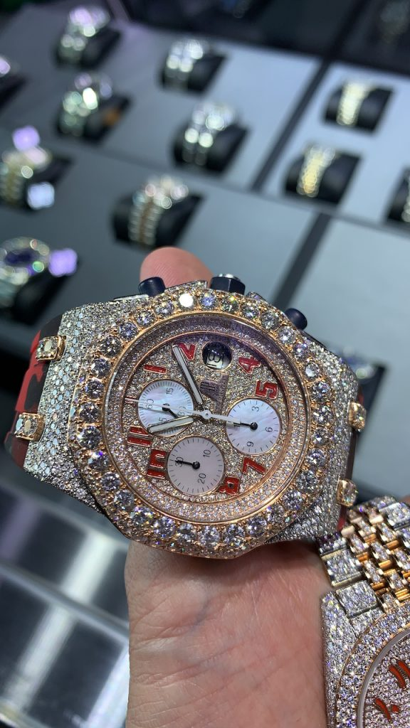 are bust down watches going out of style?