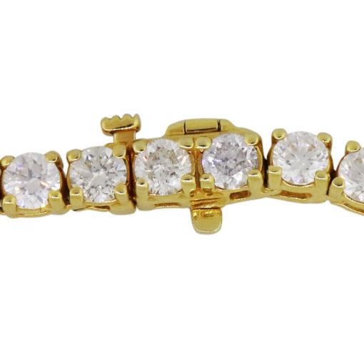 round brilliant diamond necklace