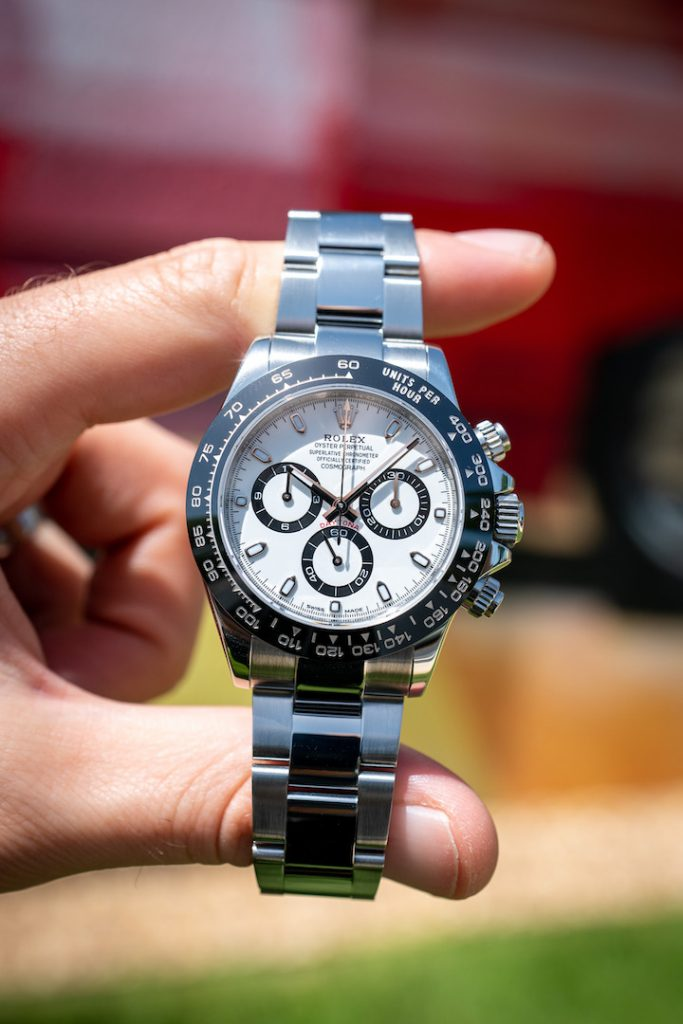 is the white dial daytona better than the black dial