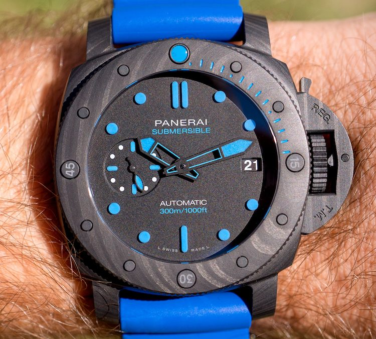 Review of the Panerai Submersible Carbotech PAM960 Dive Watch