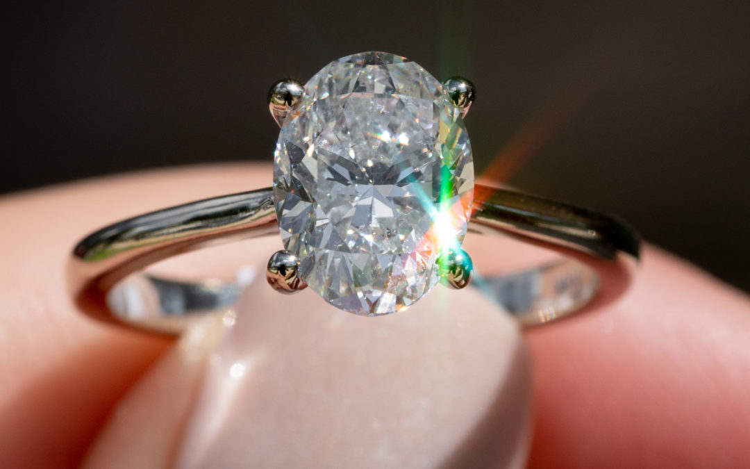 STUNNING SOLITAIRE ENGAGEMENT RINGS