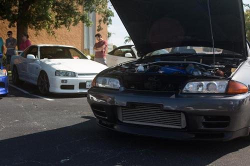 Nissan Skyline Diamonds and donuts